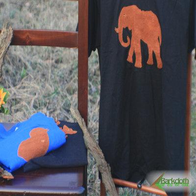 T-shirt 100% Organic ELEFANTE - Nera unisex (Taglia M)