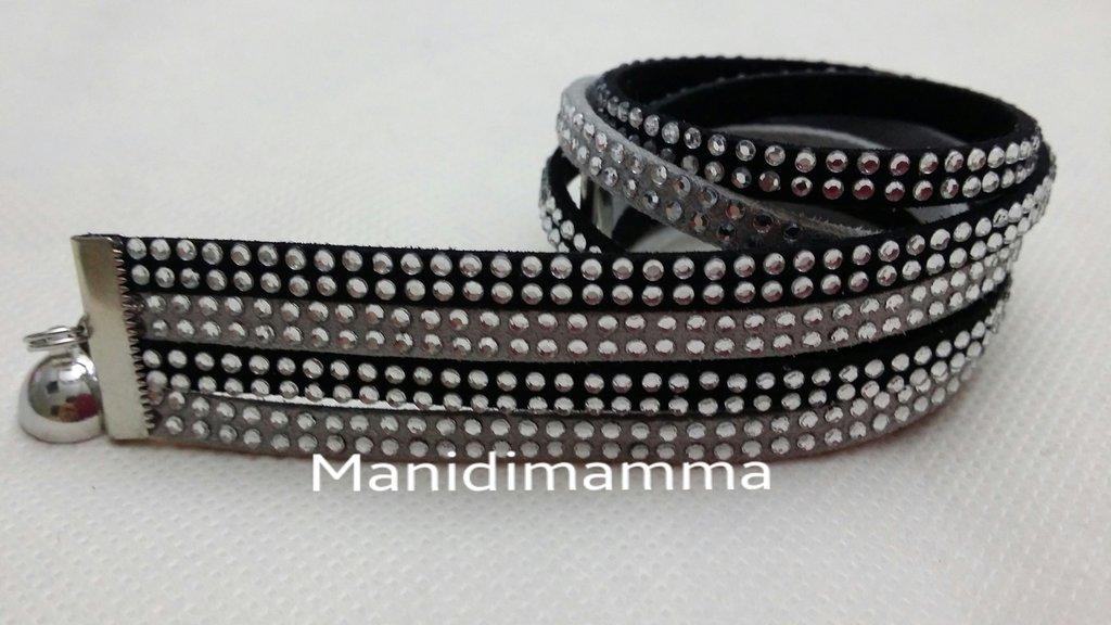 bracciale modello alcantara grigio e nero con borchie color argento o strass