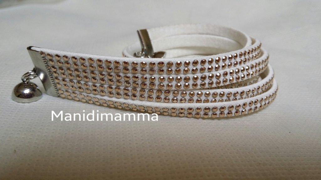 bracciale modello alcantara bianco con borchie color oro o strass