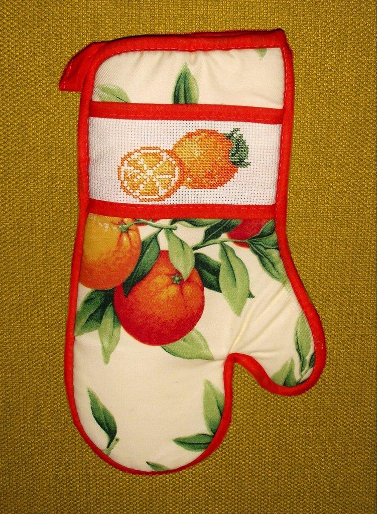 guanto da forno con arance