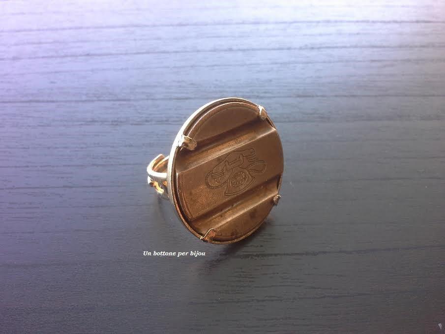 Anello con gettone telefonico vintage