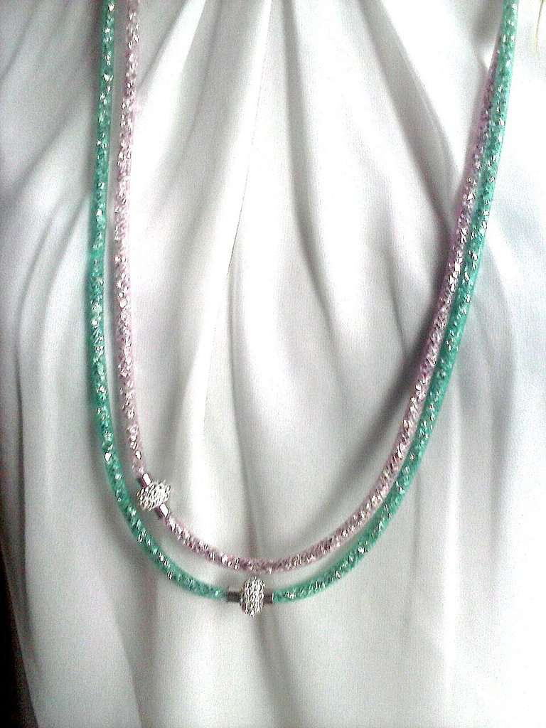 collana-bracciale stardust verde smeraldo e rosa cipria