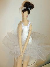 Ballerina, bambola di stoffa
