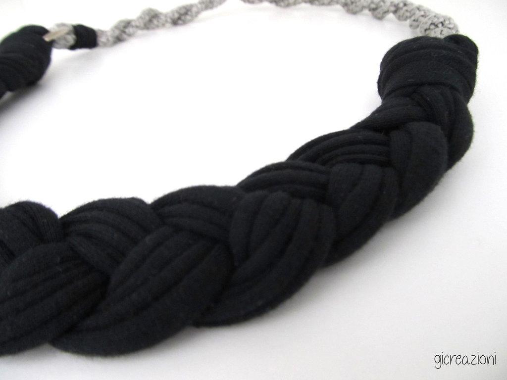 Collana intreccio nero/grigio