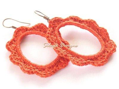 Orecchini in stile Shabby Chic realizzati a crochet - modello Shabby Chic-corallo, collezione Armonie.