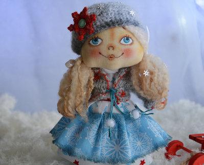 Bambola di stoffa da collezione - Bambina di inverno