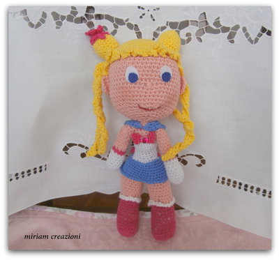 Sailor Moon (bambola Amigurumi)