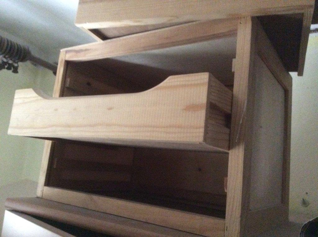 cassettiera  in legno abete 3 cassettoni