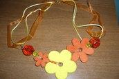 Collana fiori arancioni e gialli
