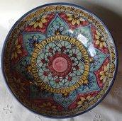 Ciotola / Spaghettiera / Insalatiera in ceramica dipinta a mano. Dec. Geo/Floris