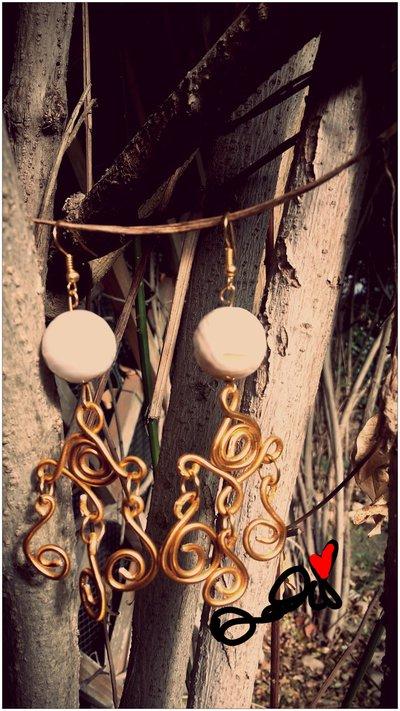 orecchini lampadario con agata bianca