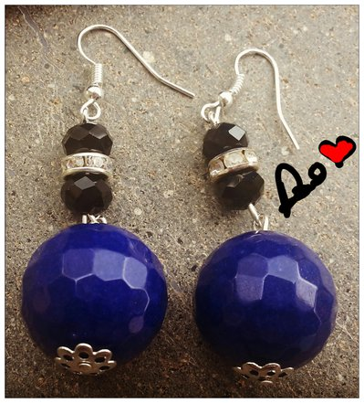 orecchini pendenti con agata blu
