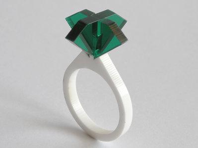 Ollo, anello solitario per sognare_versione color smeraldo