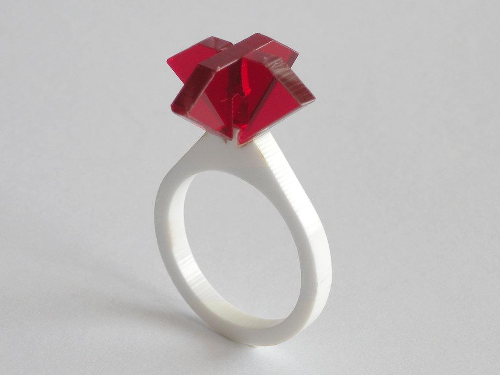 Ollo, anello solitario per sognare_versione color rubino