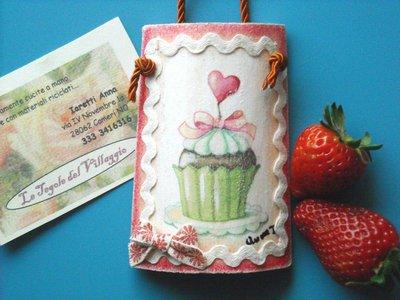 Tegola piccolo cuore di Muffin. Miniatura di legno. Idea regalo, ideale per bomboniera