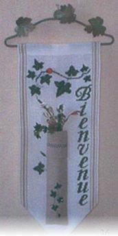 Soliflore Lierre Vert - Semikit: Schema Punto Croce + Bordo Lino + Appendino + Decorazioni