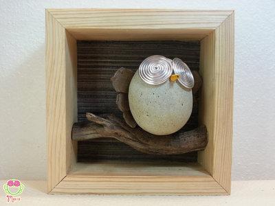 """Pebble art - Decorazione per camerette dei bambini - Owl wall art - Quadro 3d """"Gufetto sul ramo di un'albero"""""""