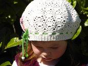 Basco berretto per bambine decorato con fiorellini colorati