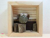 """Pebble art - Decorazione per camerette dei bambini - Owl wall art - Quadro 3d """"Gufo sul tronco di un'albero"""""""