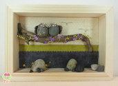 """Pebble art - Decorazione camerette dei bambini - Owl wall art - Quadro 3d """"Gufetti innamorati su ramo di lillà"""""""