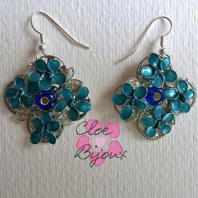 Orecchini fiore smalto blu