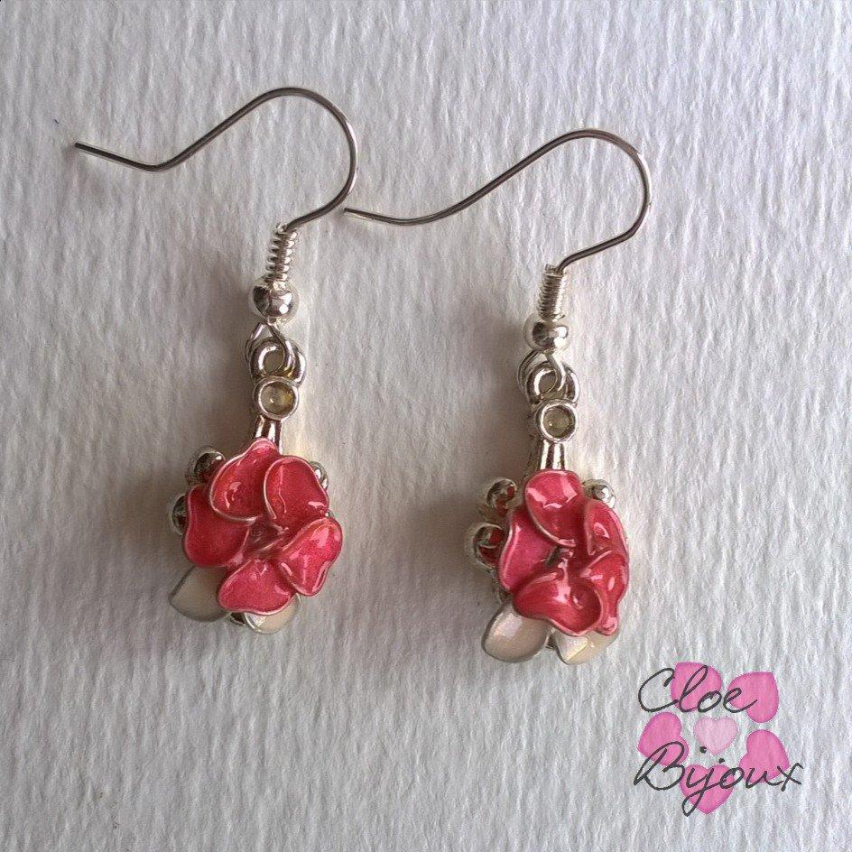 Orecchini fiore smalto rosa e bianco
