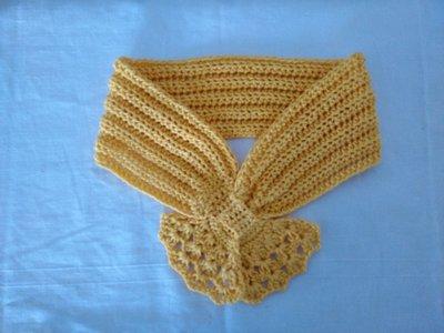 Sciarpina di cotone gialla