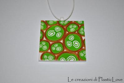 collana medaglione spirali verde, bianco e oro