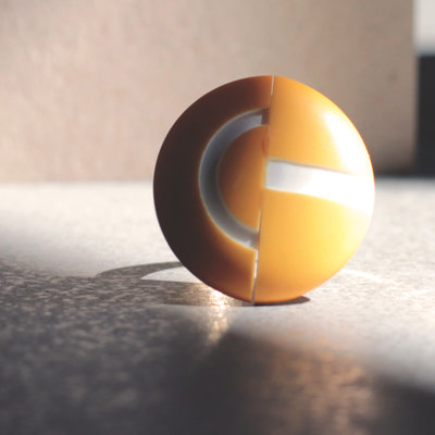 A5.15 - anello grande con bottone giallo, regolabile