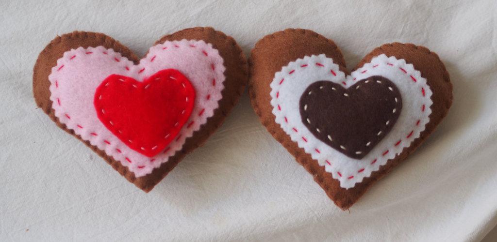 2 CUORI d'AMORE- Biscotti in feltro