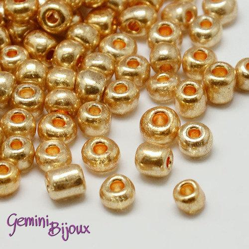 Box 200 perline in vetro electroplate tonde 4mm. golden