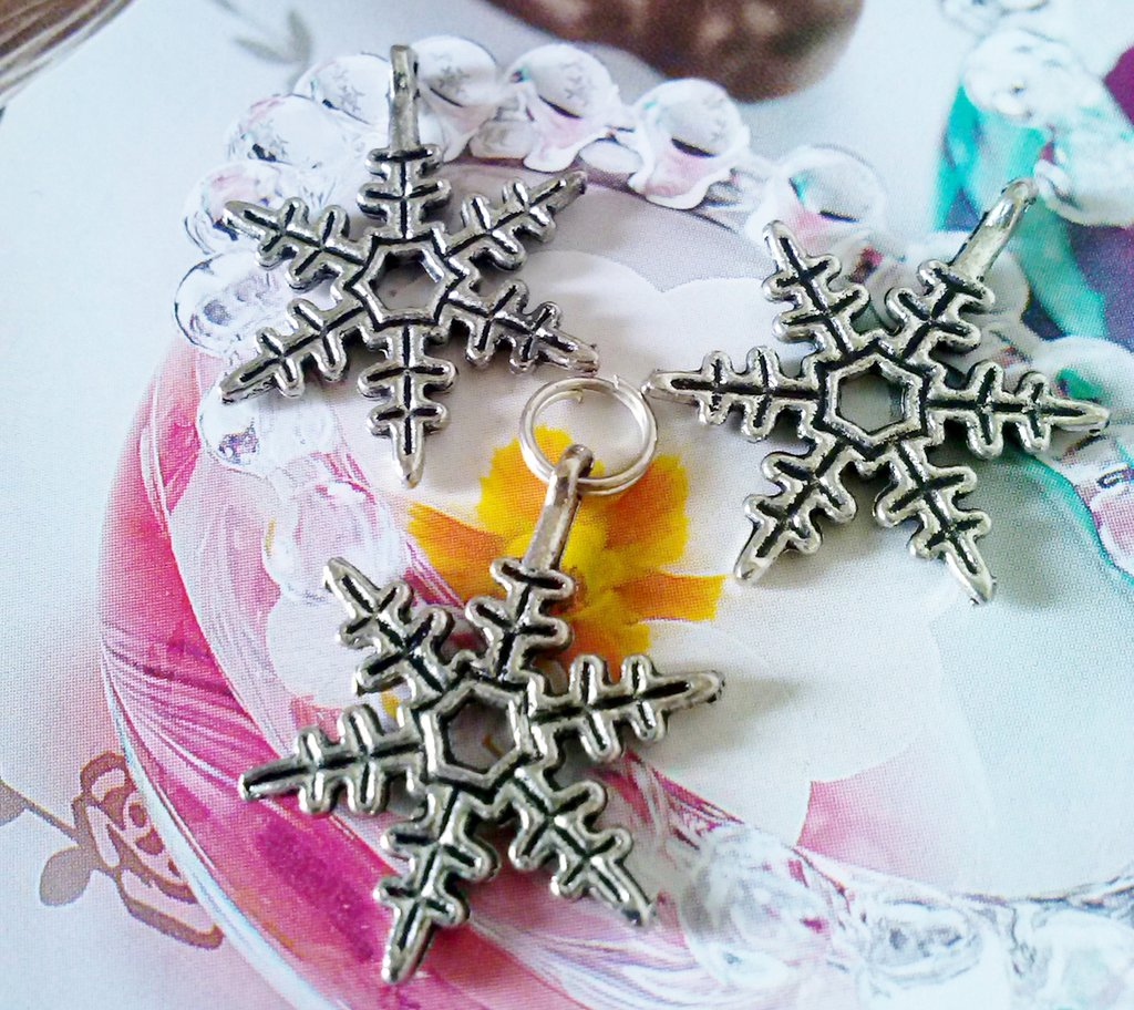 charms in argento tibetano FIOCCO DI NEVE - Hobby creativi