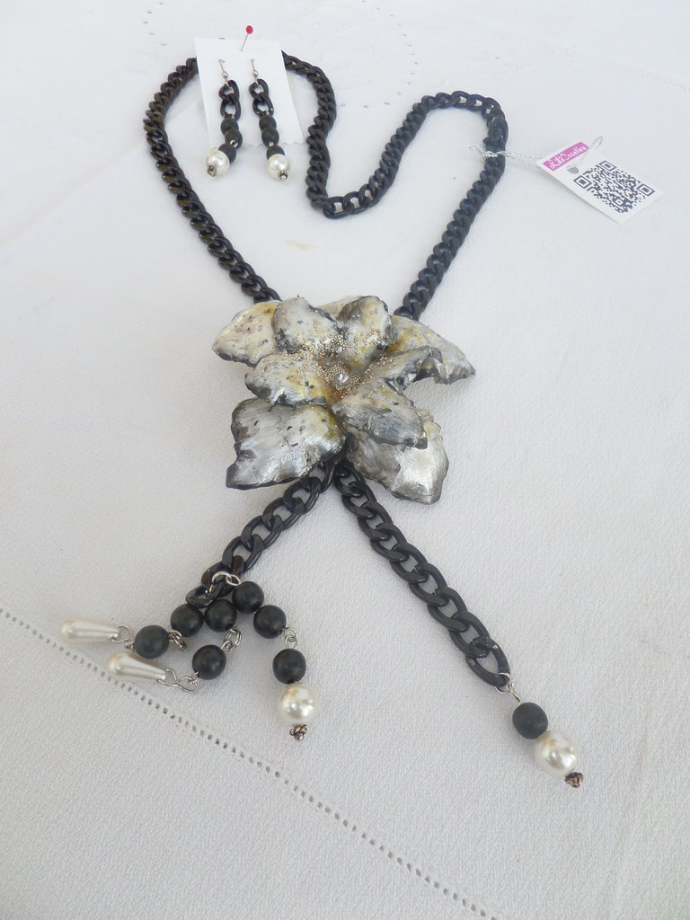 "Collana ""blackflower"" collection love sospeso trasparente"