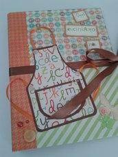 Ricettario album foto quaderno ad anelli grande formato A4 decorato a mano personalizzabile con carte fantasia arancioni, marroni e verdi