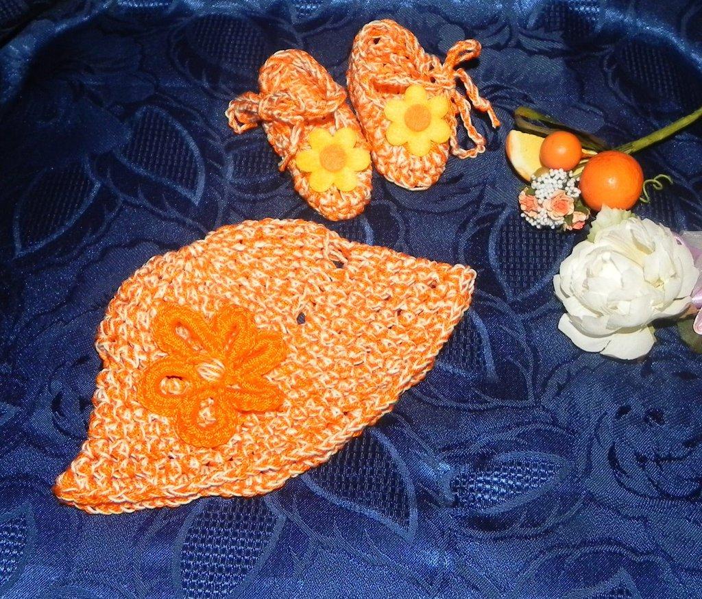 Scarpette e cappellino neonato bimba uncinetto COTONE arancio