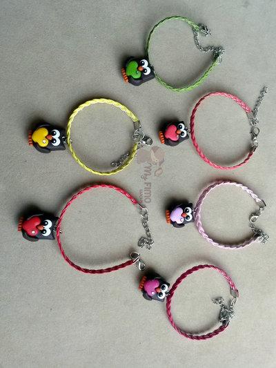 braccialetti in similpelle intrecciati colorati con gufetto innamorato fimo