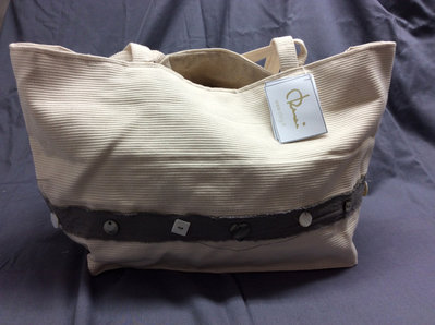 borsa in cotone beige con bottoni in madreperla