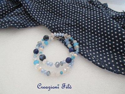 Bracciale blu a doppio giro con cristalli e pietre
