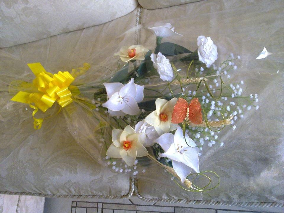 Fiori e farfalle in confezione regalo