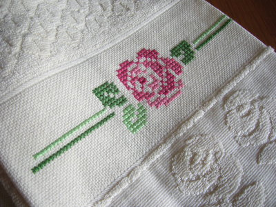 Idee per il bagno a punto croce: asciugamani e asciugapiatti di ...