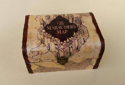 """Porta gioielli ispirato alla saga """"Harry Potter"""" con Mappa del malandrino"""