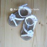 Scarpine sandali bianchi bimba fatti a mano uncinetto in puro cotone Egitto