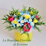 Vaso fiorito fatto a mano