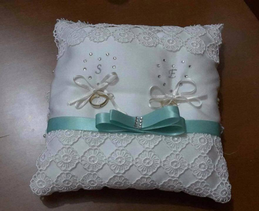 Cuscino Portafedi Con Iniziali.Cuscino Portafedi Con Iniziali Feste Matrimonio Di Butterflyc