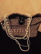 Pochette gioiello in filato color oro