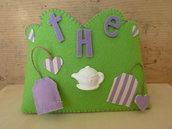 Porta-the o porta tutto, in feltro verde e decorazioni in stoffa viola