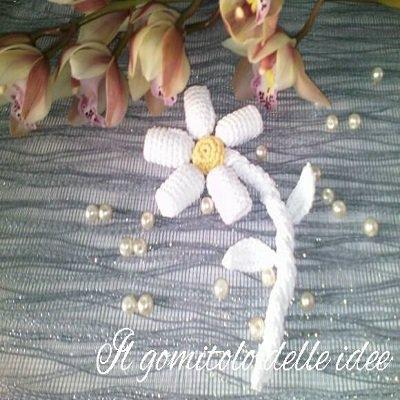 Bomboniera fiore all'uncinetto