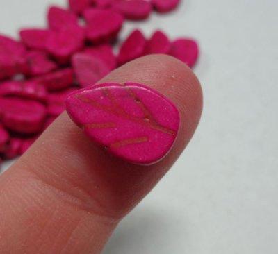 16 Perline Foglia colore FUCSIA