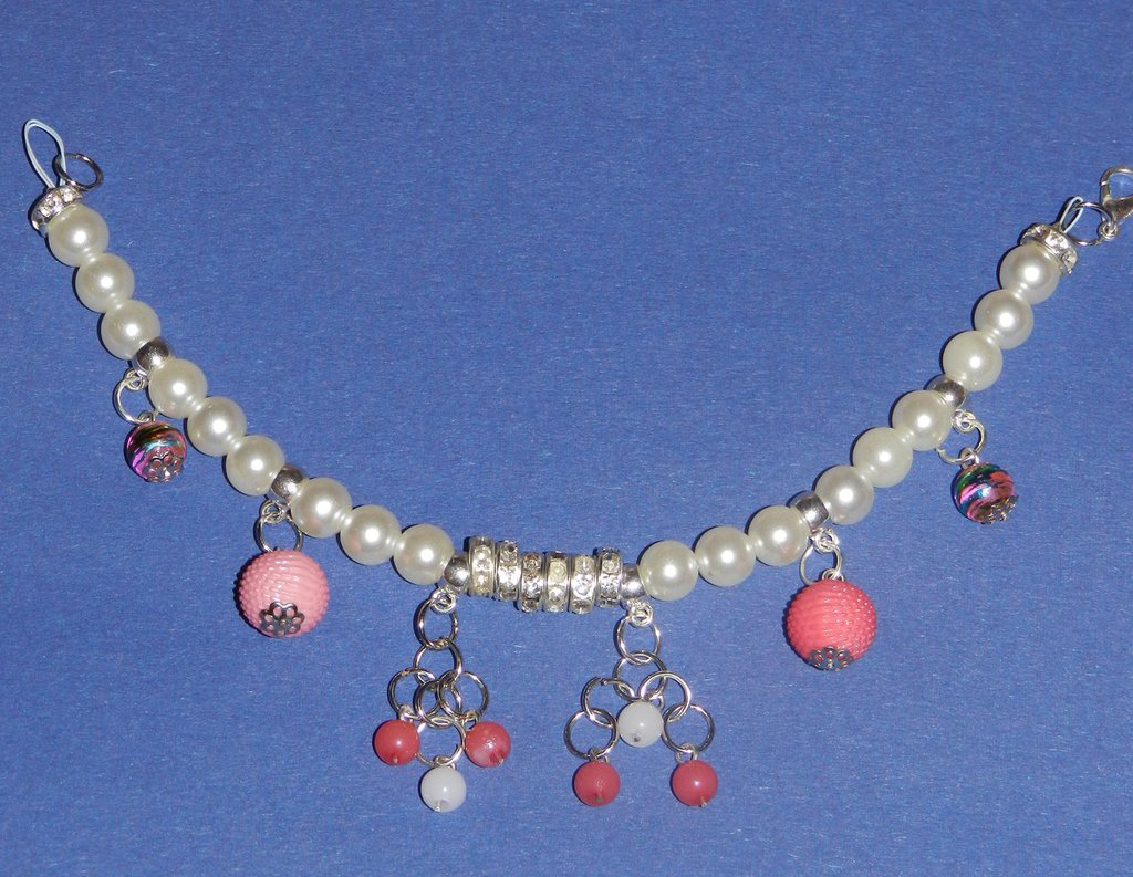Bracciale di perle e strass