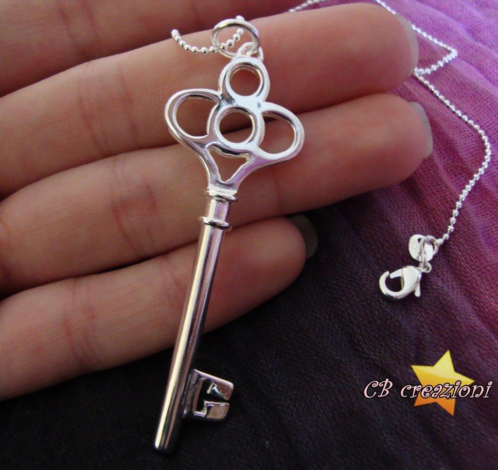 Collana con grande chiave antica tutta in argento 925